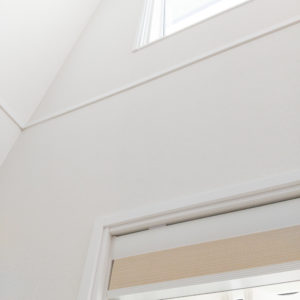 室内側の窓枠(ホワイト色)