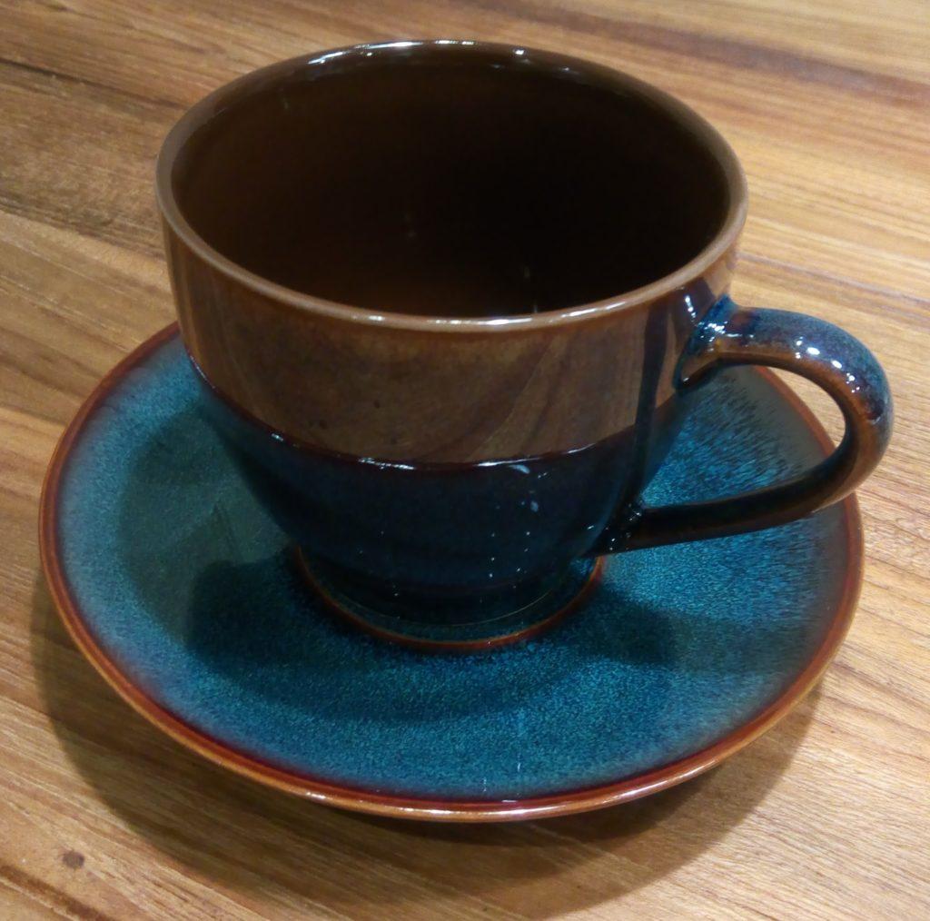 100均ダイソーで見つけたかわいいコーヒーカップ&ソーサー