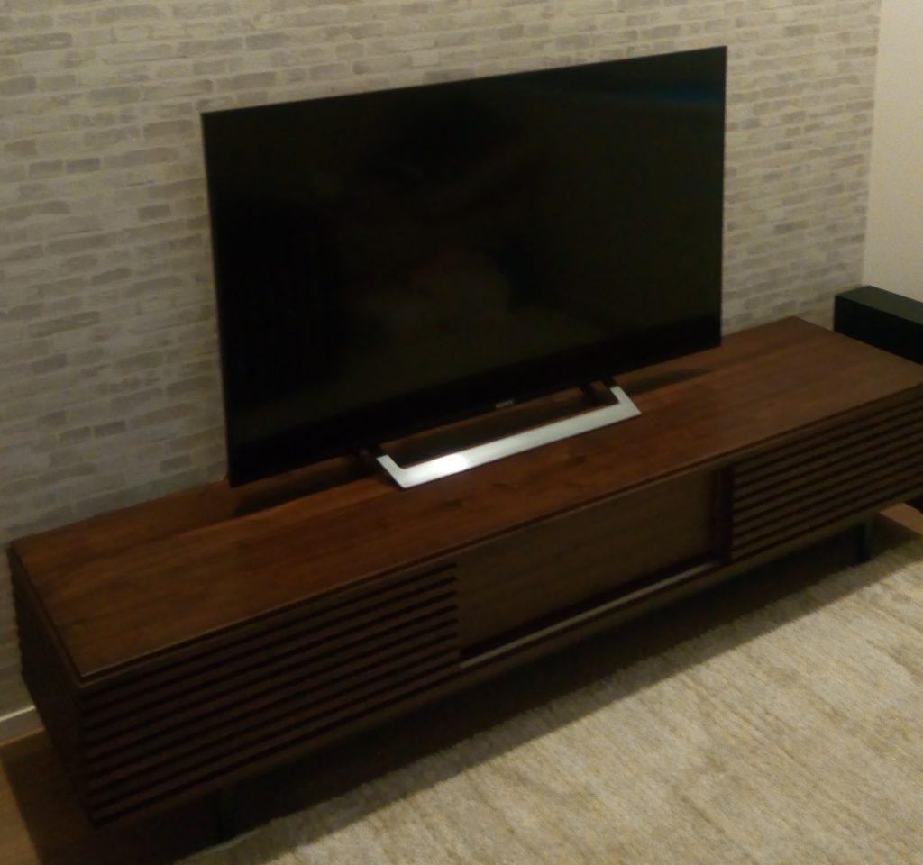 わが家のテレビボード(ウーバーデザイン)