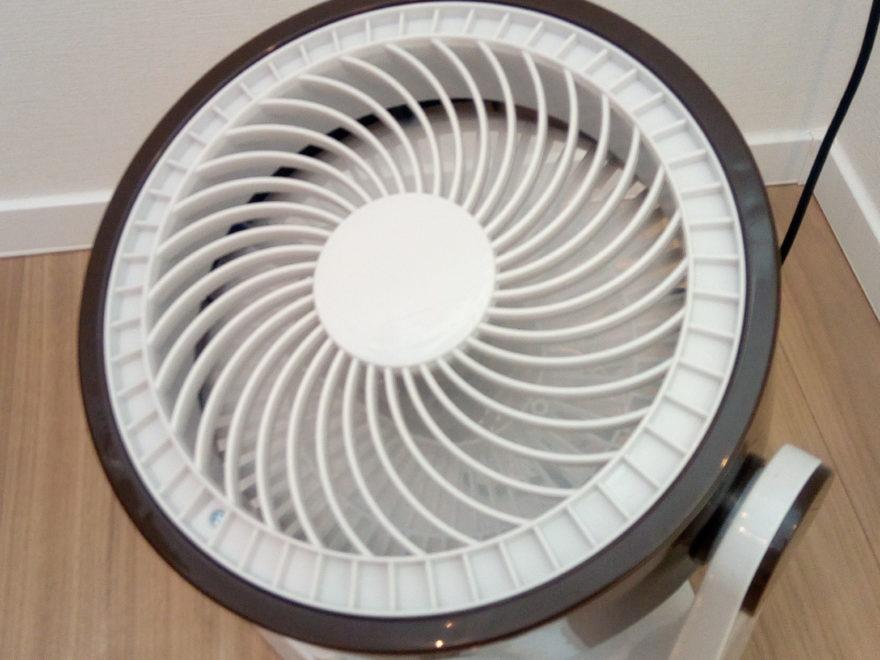 サーキュレーターにより室内の空気を循環!