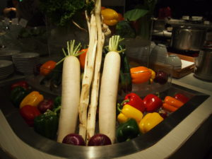 お野菜がドーンとお出迎え
