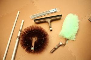 アズマ工業の伸縮モップ、ワイパー、ブラシのセット