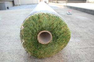 人工芝の断面