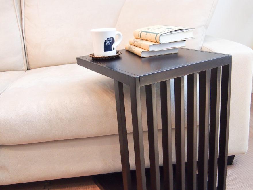 わが家で愛用しているウォールナット材のサイドテーブル