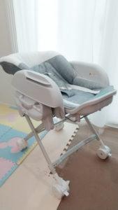 赤ちゃん用スイング式ハイローラック